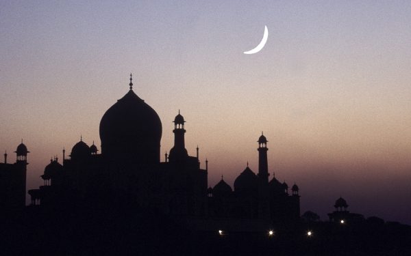 MENGHIDUPKAN KEMBALI SUBSTANSI ISLAM