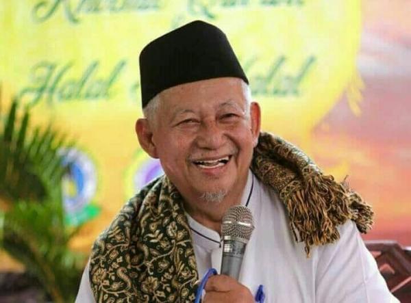 Mengenang Guru Alim Dan Humoris, Kiyai Sulthon Abdul Hadi