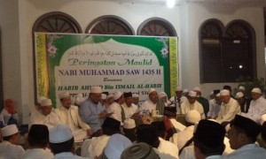HABIB AHMAD HADIRI MAULIDAN DI TAMBAKBERAS