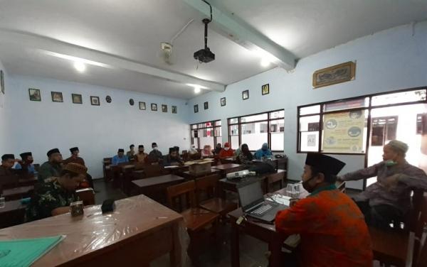 Terkait Teknis Hafalan Alfiyah, Madrasah Menyerahkan Ke Penyimak