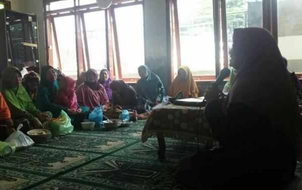 Siswi Muallimat Lakukan Kegiatan Dakwah Rutin Di Masyarakat